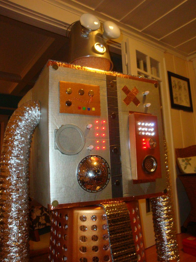 Robot 2 002