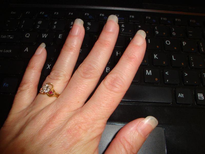 Fingernails 004