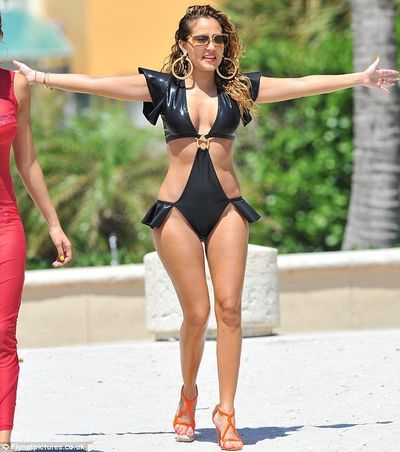 2012 swimsuit adriennebailon-miami